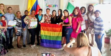 colectivo glbti de milagro realiza ceremonia de reconocimiento diario el diverso ecuador 3