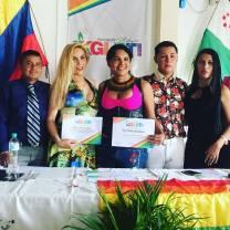 Diane Marie Rodriguez Zambrano recibe reconocimientoen milagro ecuador por la lucha LGBT2