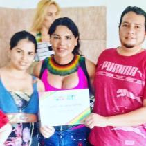 Diane Marie Rodriguez Zambrano recibe reconocimientoen milagro ecuador por la lucha LGBT3