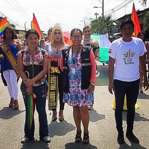 #Ecuador LGBT de cantones rurales realizan desfile por segunda vez diario el diverso (10)
