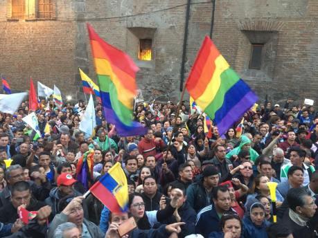 #Ecuador LGBT protestan contra el gobierno de Lenín Moreno en marcha masiva diario el diverso ecuador