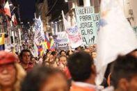 #Ecuador LGBT protestan contra el gobierno de Lenín Moreno en marcha masiva diario el diverso ecuador1