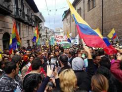 #Ecuador LGBT protestan contra el gobierno de Lenín Moreno en marcha masiva diario el diverso ecuador11
