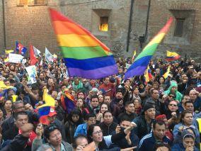 #Ecuador LGBT protestan contra el gobierno de Lenín Moreno en marcha masiva diario el diverso ecuador12