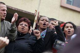 #Ecuador LGBT protestan contra el gobierno de Lenín Moreno en marcha masiva diario el diverso ecuador16