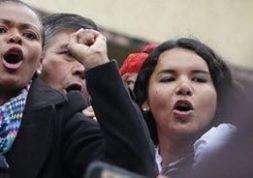 #Ecuador LGBT protestan contra el gobierno de Lenín Moreno en marcha masiva diario el diverso ecuador18