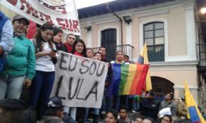 #Ecuador LGBT protestan contra el gobierno de Lenín Moreno en marcha masiva diario el diverso ecuador7
