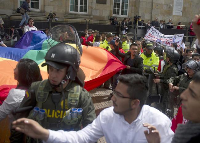 blu_radio_protestas_lgbti_afp_archivo_diario el viderso.jpg