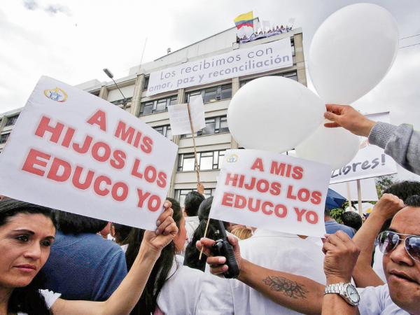 protesta lgbt-diario el diverso.png