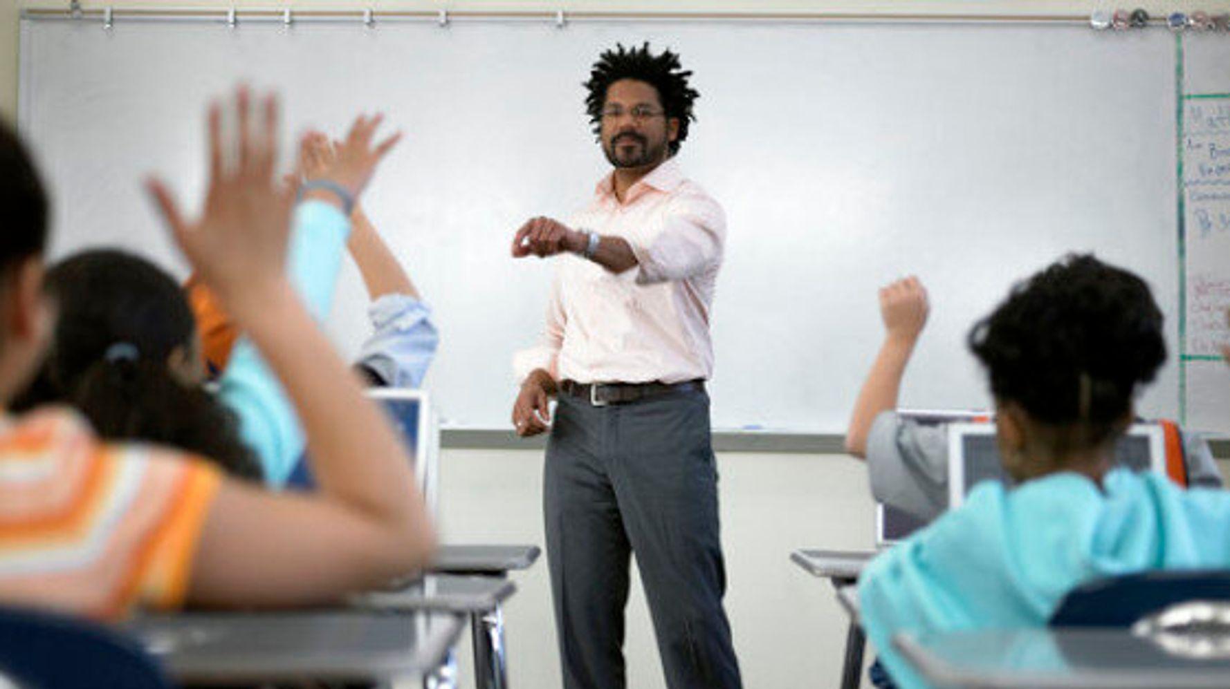 profesor negro gay y con asperger es discriminado en guayaquil ecuador - diario el diverso ecuador