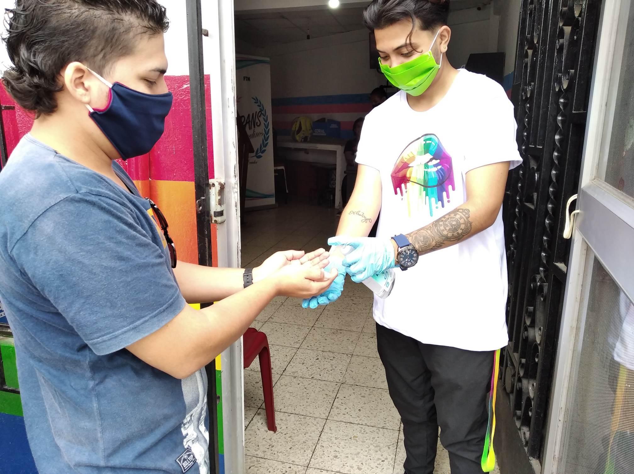 Inauguración del Primer Comedor Comunitario Trans en Guayaquil - Ecuador iniciativa de la Asociación Silueta X (14)