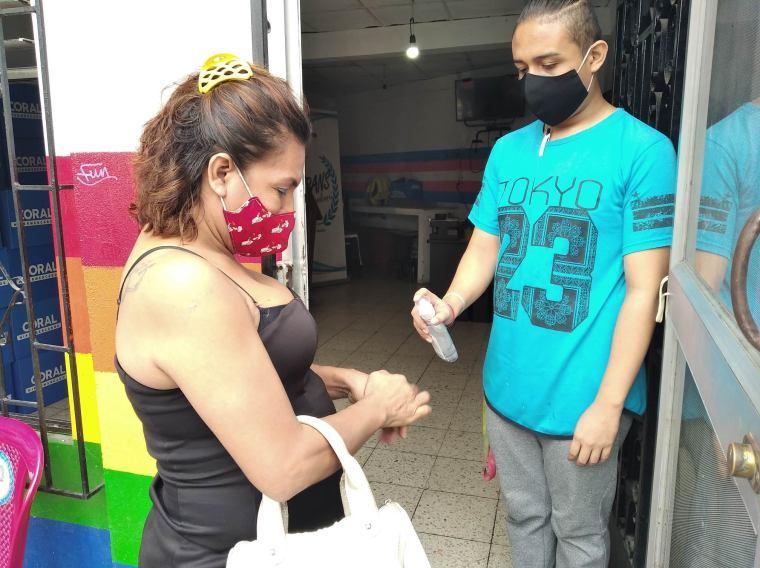 Inauguración del Primer Comedor Comunitario Trans en Guayaquil - Ecuador iniciativa de la Asociación Silueta X (2)