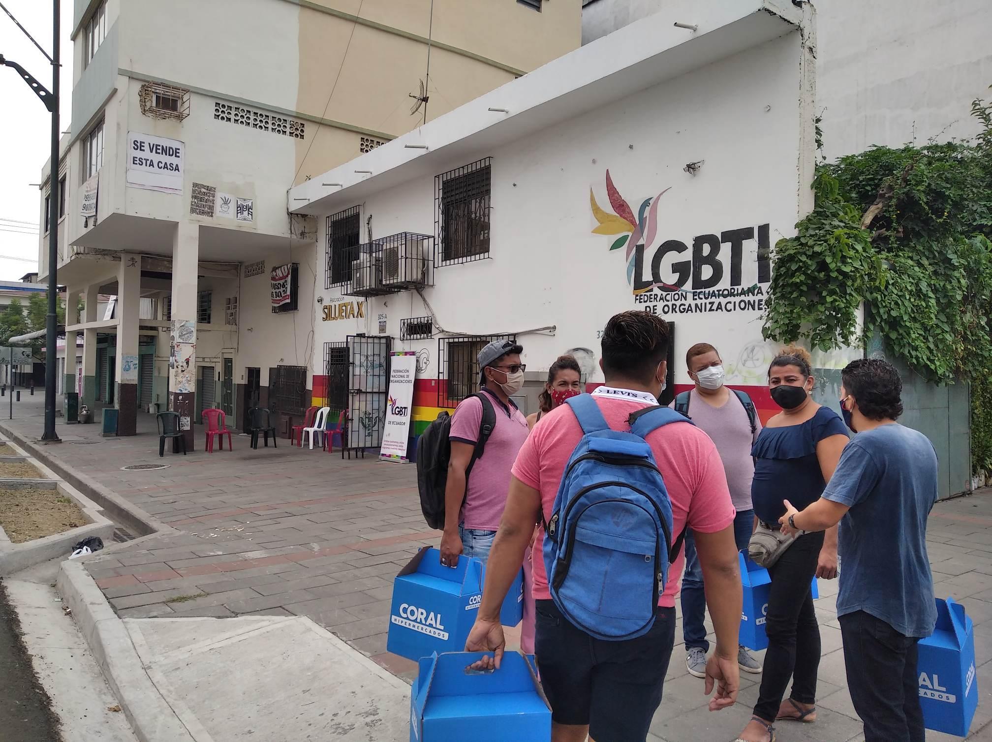 Inauguración del Primer Comedor Comunitario Trans en Guayaquil - Ecuador iniciativa de la Asociación Silueta X (7)