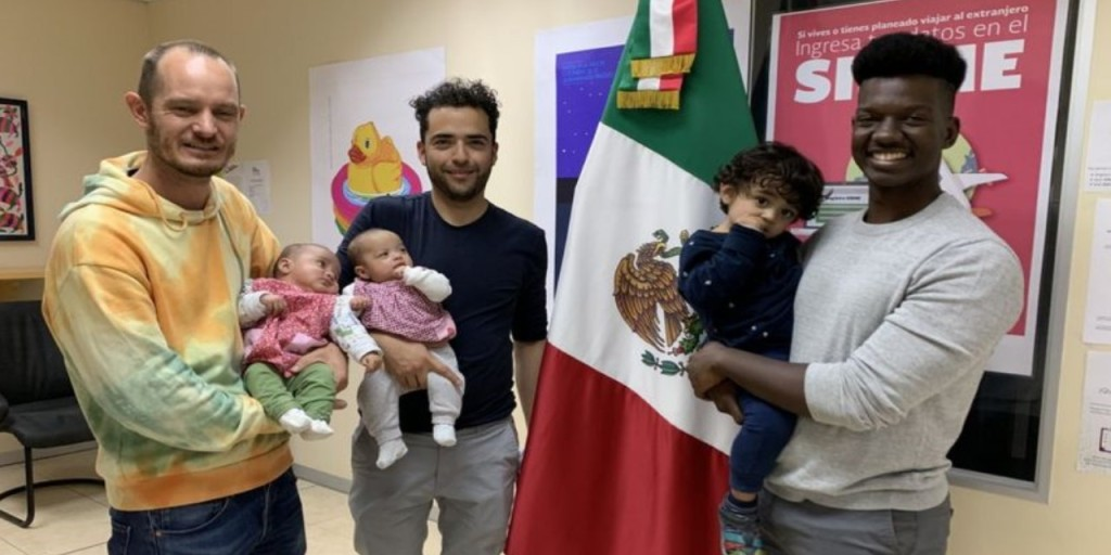 La imagen tiene un atributo ALT vacío; su nombre de archivo es quien-es-el-verdadero-padre-no-es-posible-que-tenga-dos-el-mexicano-que-esta-haciendo-historia-por-los-derechos-lgbtq-en-africa-portal-diverso-ecuador-diario-el-diverso..jpg